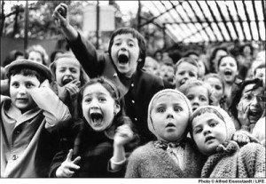 children at puppet theater