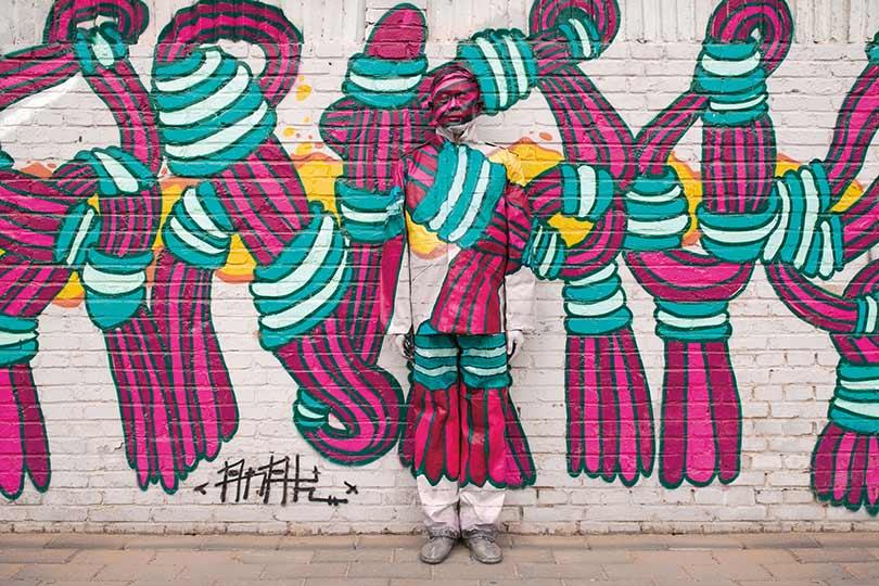 Αυτή η εικόνα δεν έχει ιδιότητα alt. Το όνομα του αρχείου είναι another-detailed-graffiti-design-that-liu-manages-to-blend-into-136389165985802601-140408164650.jpg